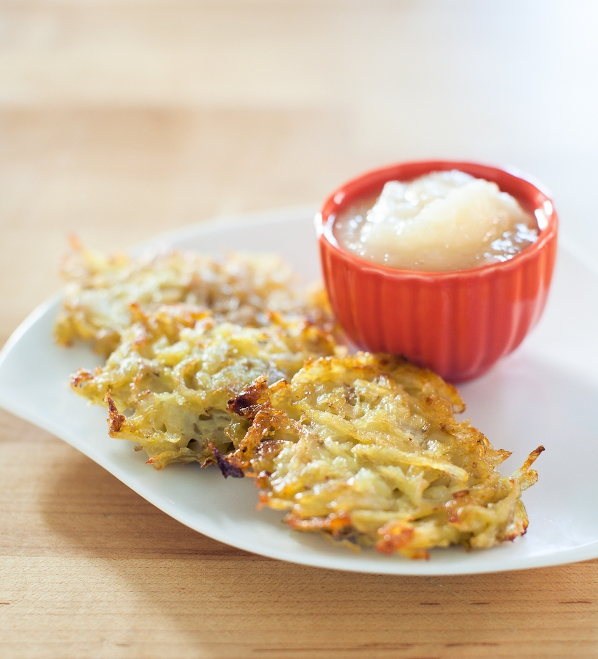 Latkes and apple sauce