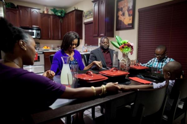 First Lady Michelle Obama Shows the Importance of Family Meals